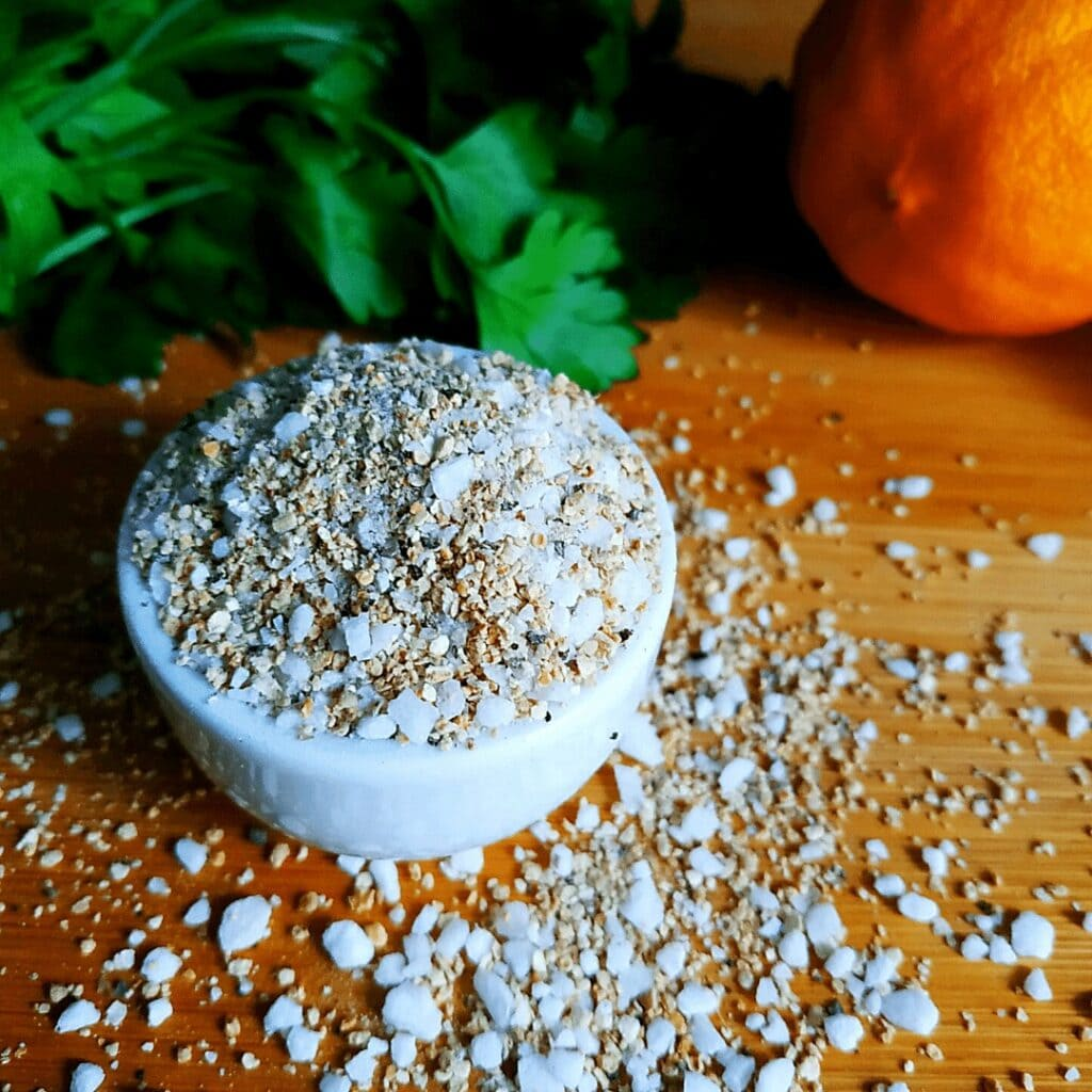 Last on our List of Spices is Lemon Pepper. A blend of Salt, Lemon Peel and Black Pepper. USe it for fish or poultry